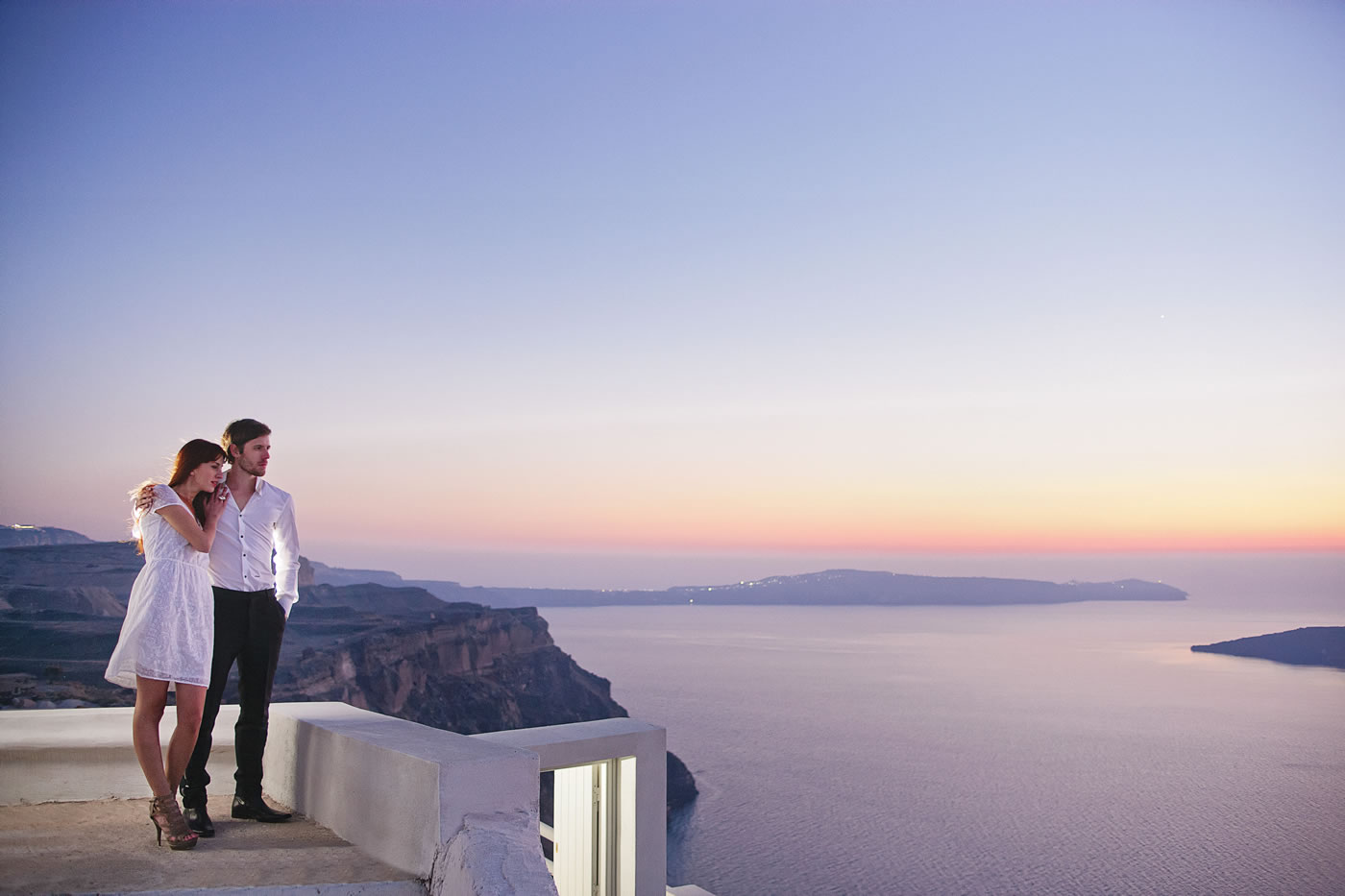 Adamant Suites - Luxury Accommodation in Santorini
