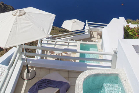Book your suite in Santorini