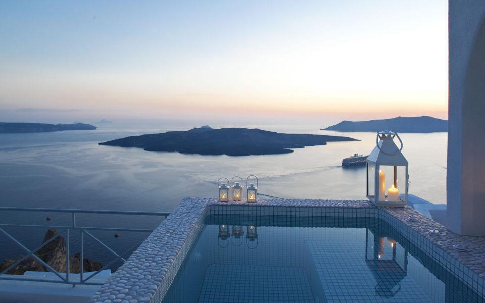 Emerald Suite  - Santorini
