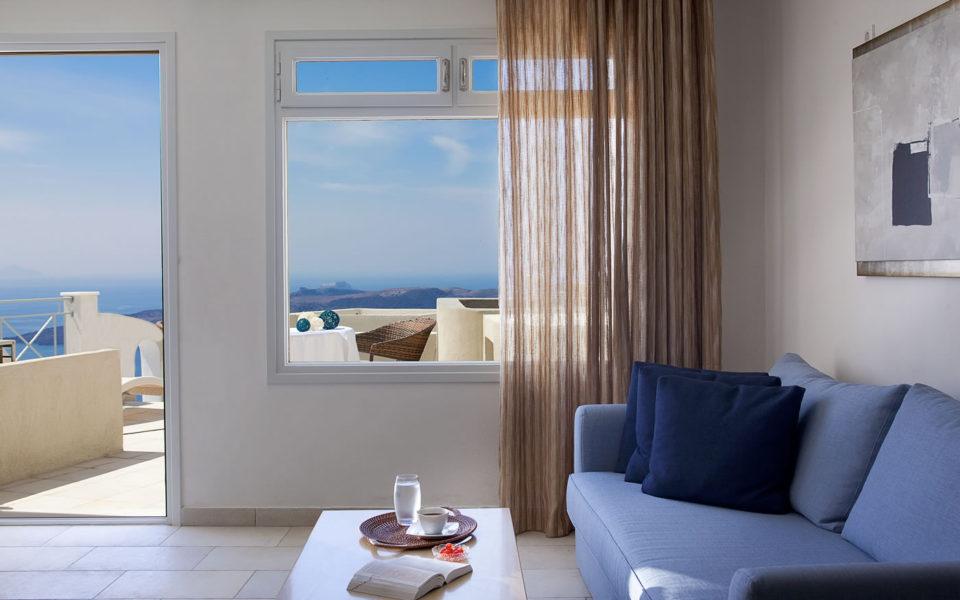 Sapphire luxury suite in Santorini - Adamant Suites