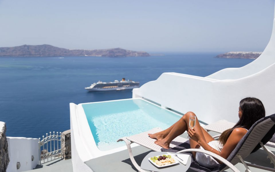 Moonstone Suite with a private pool in Santorini